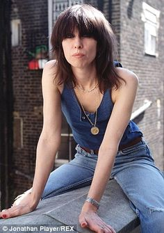 Chrissie Hynde, the lead singer of The Pretenders, has claimed that Wimbledon champion John McEnroe called her during the tournament so the pair could smoke marijuana together. Jim Kerr, Chrissie Hynde, Marianne Faithfull, The Pretenders, Women Of Rock, Into The Fire, Joan Jett, I Love Music, Pop Music