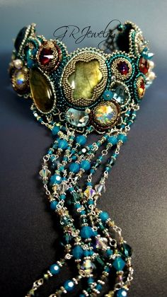 Beautiful bead embroidered jewelry by Guzialia Reed | Beads Magic