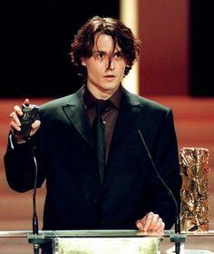 Picture of Johnny Depp Johnny Depp Joven, Young Johnny Depp, Beautiful Boys, Pretty Boys, Beautiful People, Estilo Tim Burton, Jonny Deep, Captain Jack, Classic Hollywood