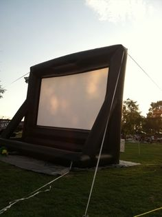 Byrd Park Movies in the Park Fridays at 8:30