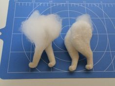 Cat legs/paws