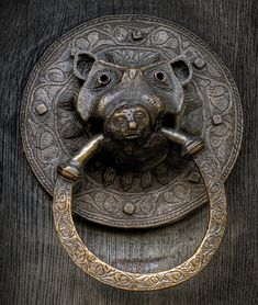 Church Door Knocker | Tom Jackson Photography www.tomjackson.photography