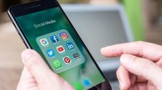 Social Media Could be Your Worst Enemy: 4 Ways It Can Hurt Your Business Website - Small Business Trends Social Media Apps, Social Media Company, Social Networks, Social Media Marketing, Digital Marketing, Business Marketing, Business Infographics, Content Marketing, Internet Marketing