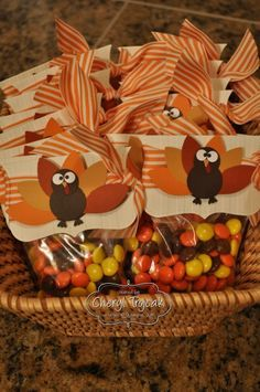 THANKSGIVING PARTY TREAT BAGS SNACKS IDEA