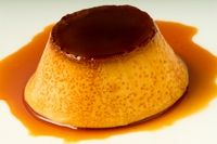 Recipe for a traditional flan, based on egg and with caramel sauce on top. Bulgarian Desserts, Bulgarian Recipes, Bulgarian Food, Just Desserts, Delicious Desserts, Dessert Recipes, Caramel Flan, Flan Recipe, Good Food