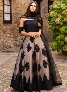 Cream And Black Colour Butterfly Net Fabric Lehenga Choli Comes with matching blouse. This Lehenga Choli Is crafted with Thread Work This Lehenga Choli Comes with Unstitched Blouse Which Can Be DM us Or whatsapp to place order Indian Fashion Dresses, Indian Gowns Dresses, Dress Indian Style, Indian Designer Outfits, Pakistani Dresses, Designer Dresses, Indian Wear, Indian Designers, Indian Fashion Trends