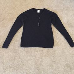 Old Navy Black Sweater 8 Buttons Down V Neck. Ribbed. No stains, holes, or raveling. Very mild pilling from wear. Will accept offers accordingly. Old Navy Sweaters V-Necks