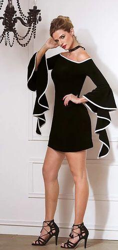 Mini black dress with stylish sleeves 💋👗👍❤️ Western Outfits, Mode Inspiration, White Fashion, Casual Chic, I Dress, Beautiful Dresses, Evening Dresses, Short Dresses, Fashion Dresses