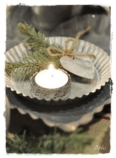 Christmas table idea - is the candle in a delicate napkin ring?