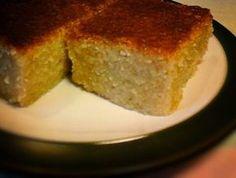Ο Χαλβάς στο φούρνο είναι μια τελείως διαφορετική συνταγή από το χαλβά το σιμιγδαλένιο και μας δίνει μια διαφορετική αίσθηση γεύσης στον ουρανίσκο μας. Greek Sweets, Greek Desserts, Greek Recipes, Sweets Recipes, Cake Recipes, Halva Recipe, Vanilla Cake, Food To Make, Sweet Tooth
