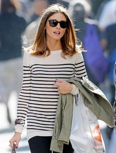 olivia palermo- casual style- candid- sunglasses- black and white striped sweater- turtoise shell sunglasses