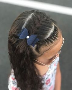 A front Dutch lace braid and a French half braid. - New Hair Design Cute Little Girl Hairstyles, Cute Girls Hairstyles, Box Braids Hairstyles, Toddler Hairstyles, Short Haircuts, Pretty Hairstyles, School Picture Hairstyles, Toddler Hair Dos, Teenage Hairstyles