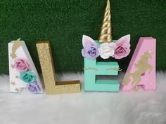 1st Birthday Party Themes, Unicorn Birthday Parties, Birthday Party Decorations, Birthday Ideas, Wood Letter Crafts, Diy Letters, Unicorn Names, Unicorn Photos, Paper Mache Letters
