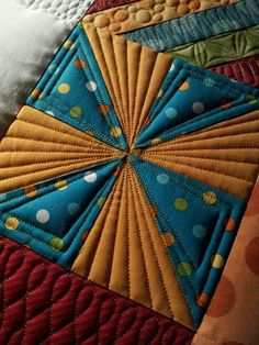 Quilting echo pinwheels alternating