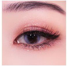 Korean Makeup Look, Korean Makeup Tips, Asian Eye Makeup, Korean Makeup Tutorials, Eyebrow Makeup, Makeup Monolid, Makeup Eyes, Contour Makeup, Korean Beauty