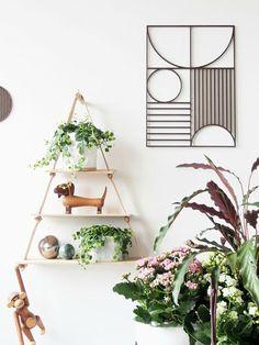 DIY Leaf Art with WOW factor! Create petal or leaf patchwork that& enhance any room. DIY din egen plante kunst til væggen, plant on! Home Decor Accessories, Decorative Accessories, Indoor Garden, Indoor Plants, Potted Plants, My Living Room, Living Room Decor, Feng Shui, Leaf Art