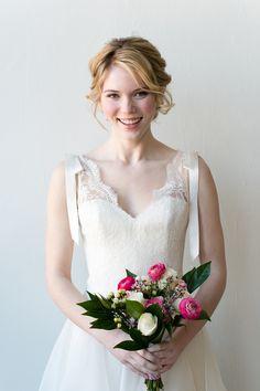 Photography: Emilia Jane Photography - www.emiliajanephotography.com  Read More: http://www.stylemepretty.com/2014/07/10/whimsical-wedding-inspiration-in-chicago/