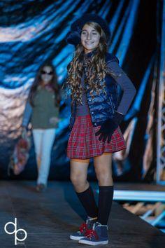Defilè in Centro di Tutù Abbigliamento 0-14:  Cassia indossa capi di SILVIAN HEACH