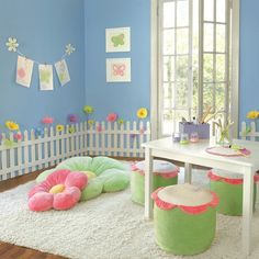 Wooden Picket Fence Wall Border | cute for a girl's room or play room