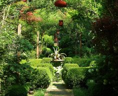 Ryan Gainey's garden in Decatur GA. If you are ever near Atlanta and want to see a Fab garden...go see his.