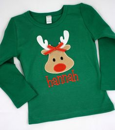 Artículos similares a Girl Rudolf Name Tee en Etsy Christmas Shirts For Kids, Childrens Christmas, Christmas Jumpers, Christmas Baby, Ugly Christmas Sweater, Christmas Applique, Christmas Embroidery, Baby Girl Fashion, Family Shirts