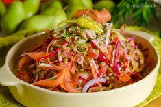 Σαλάτα με φακές και τόνο Greek Cooking, Lunch To Go, Pasta Salad, Shrimp, Salsa, Cabbage, Recipies, Healthy Recipes, Healthy Food