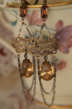 Vintage glass jeweled earrings in luscious topaz by Purrrls