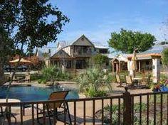 Great lakeside living in Grandbury Texas