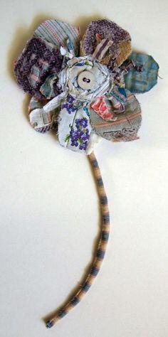 Broche fleur / fleur de tissu mural pièce par MandyPattullo sur Etsy
