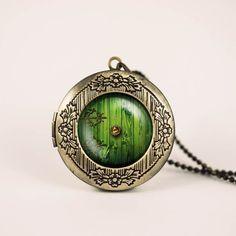 Bag End necklace. <3