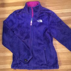 The North Face women's XS fleece jacket The North Face XS women's fleece jacket. Good condition. The North Face Jackets & Coats