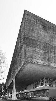 ro-w:    school of architecture, sao paulo, brazil, by joao batista vilanova artigas.