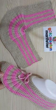 Best 11 Crochet Ideas For Slippers, Boots And Socks – Diy Rustics – SkillOfKing. Crochet Ripple, Crochet Motifs, Crochet Baby, Knitting Socks, Free Knitting, Baby Knitting, Knitted Slippers, Crochet Slippers, Knitting Patterns