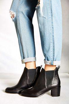 88f0c42d89f6 black chunky heel leather chelsea ankle boots - med heel boots Chelsea  Ankle Boots