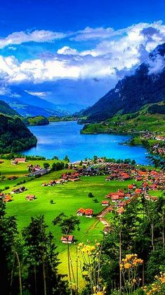 Neither the beautiful landscapes of the world are over, nor are the emotions of those moments. Beautiful Nature Pictures, Amazing Nature, Nature Photos, Beautiful Landscapes, Beautiful World, Beautiful Scenery, Natural Scenery, Nature Nature, Beautiful Places To Visit