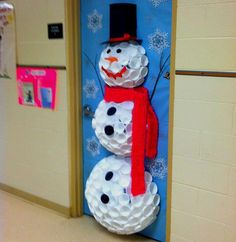 Preschool Classroom door decorations for the holidays. Preschool Classroom door decorations for the holidays. Kids Crafts, Snowman Door, Diy Snowman, Snowman Cup, Snowman From Cups, Snowman Wreath, Plastic Cup Snowman, School Doors, Door Displays