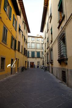 Lucca-beautiful city still walled in with rampart intact