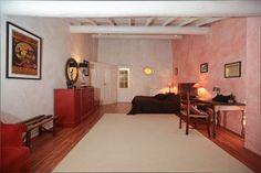 Une des Chambres d'hôtes à vendre à saint Martin de castillon en Vaucluse