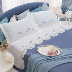 lino disegnato e schema per fare il lenzuolo matrimoniale con intaglio e uncinetto filet