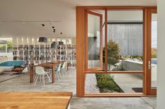 Completed in 2016 in Seattle, United States. Images by Benjamin Benschneider             . When a young couple approached Heliotrope Architects and asked them to design a home with an art studio inside, all parties sat around the table...