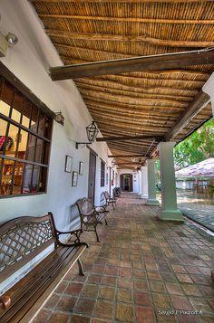 Perspectiva Colonial    Tomada en La Misión, San Felipe Estado Yaracuy, Venezuela. Roanoke Spanish