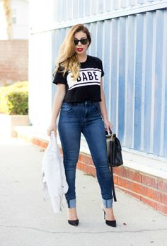 Zara high-waisted skinny jeans and a cropped t-shirt