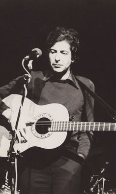 LEONARD COHEN- a beaut of a pic