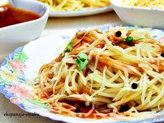 Mocno pomidorowe spaghetti z czarnym pieprzem