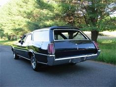 1972 Oldsmobile Vista Cruiser in Harpers Ferry, West Virginia Harpers Ferry West Virginia, Station Wagons For Sale, Vista Cruiser, Pontiac Lemans, Sports Wagon, Shooting Brake, Oldsmobile Cutlass, Exterior Colors, Old Cars