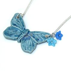 Blue Butterfly Necklace Ceramic Pendant Clay por LaurasJewellery