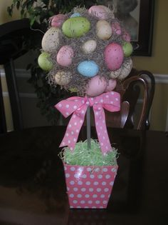 Easter Egg Topiary  For directions see:  http://let--it--shine.blogspot.com/2010/03/robins-egg-topiary.html