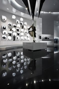 ♂ Retail commercial space design Capsula Multibrand Store / GöSKE PROJECT