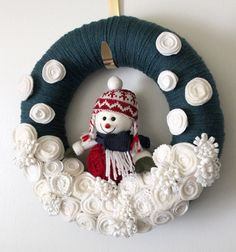HOLD FOR A.M. Blue Snowman Wreath, Felt and Yarn Wreath, Winter Wreath, 12 inch size