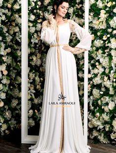Morrocan Dress, Moroccan Caftan, Arab Fashion, Muslim Fashion, Middle Eastern Fashion, Wedding Dress Necklines, Afghan Dresses, Caftan Dress, Traditional Dresses